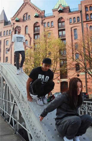 UG PARKOUR T-Shirt PARENTAL ADVISORY!